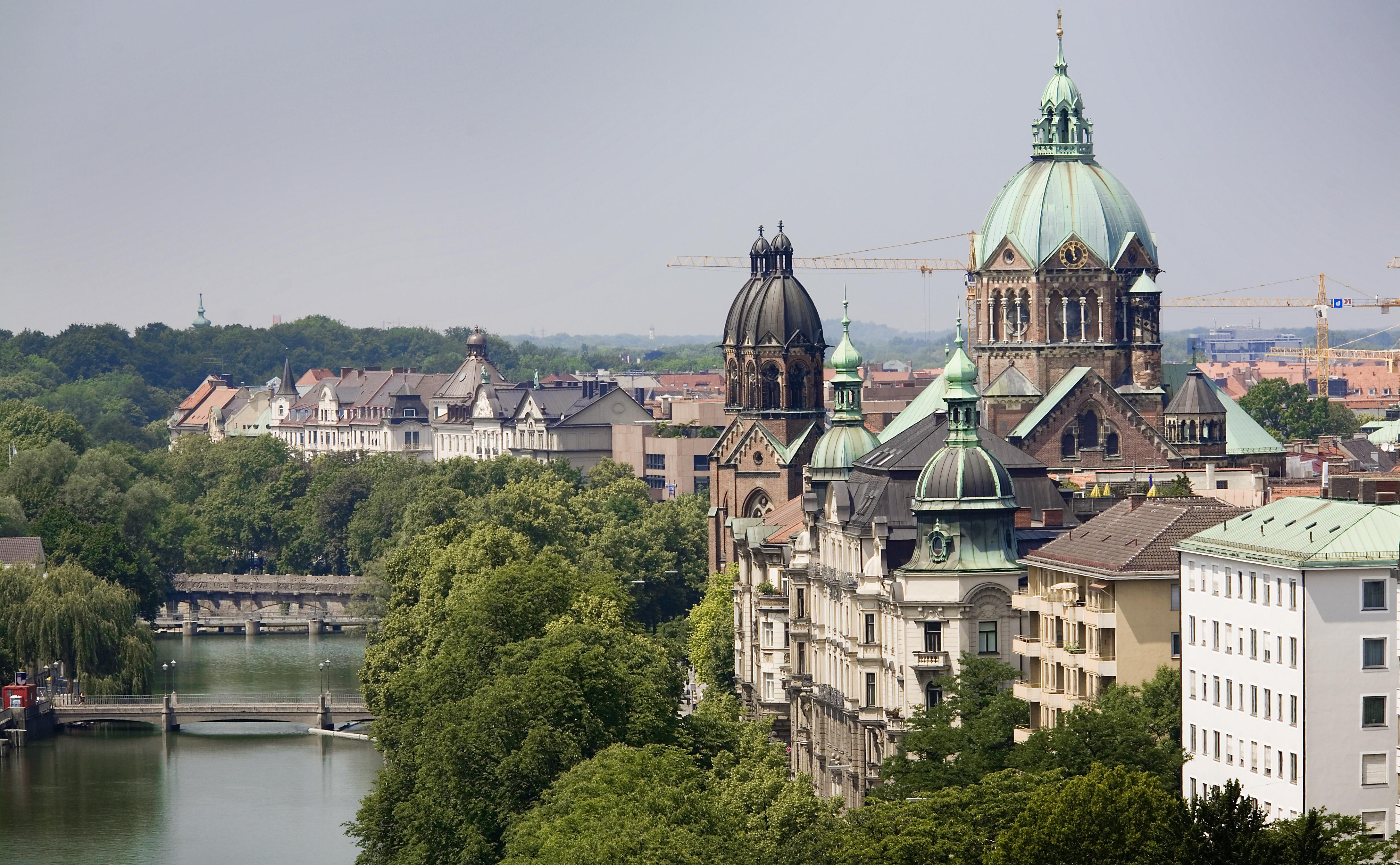 Ursuline School Europe - Munich, Salzburg, Vienna, Vicenza, Venice and Verona